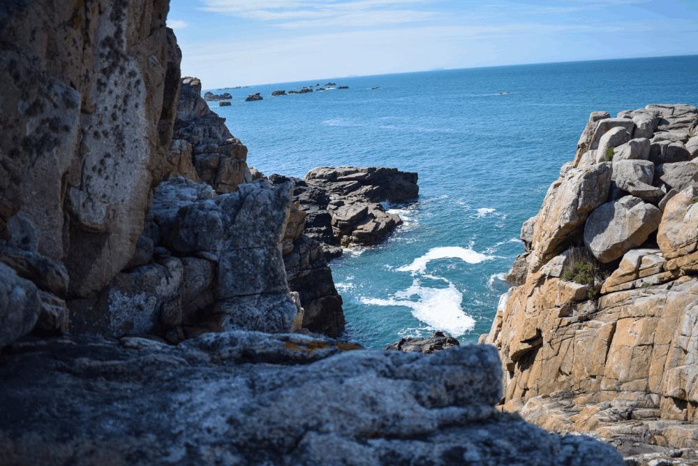 Gouffre de Plougrescant - Cote de Granit Rose - Pont Ar Prelleg